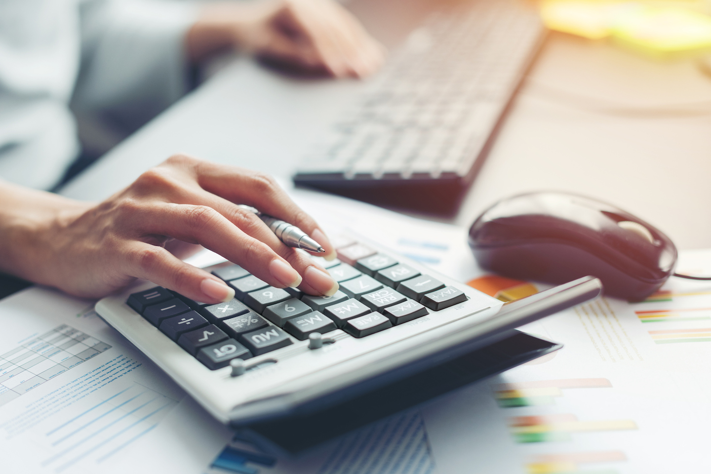 6 Ways Accountants Use Virtual Business Services