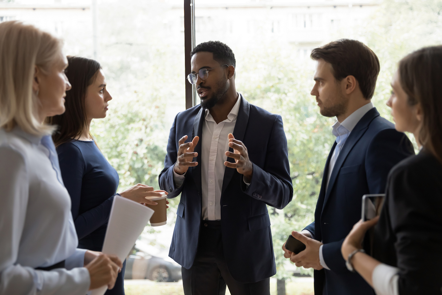 10 Ways to Be a Leader (And Not Just a Boss)