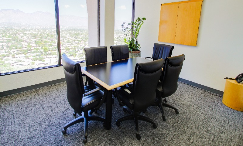 Catalina Meeting Room (Medium)