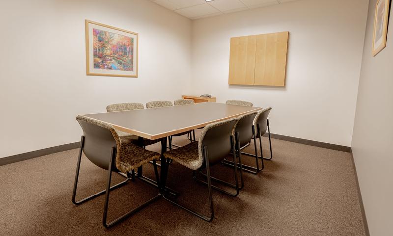 The Prosperous Parlor:Medium Meeting Room