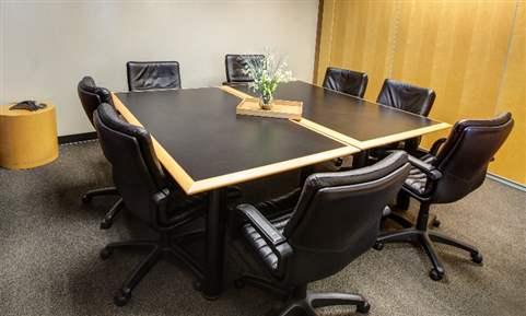 The Chesapeake Meeting Room